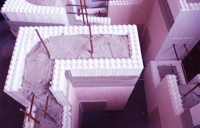 zalivka-betona-v-opalubku